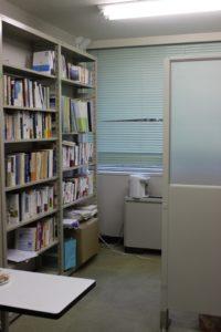 研究室の中